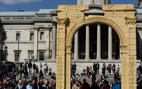 A replica of Palmyra's Arch of Triumph has been temporarily recreated at Trafalgar Square in London. Image © Getty